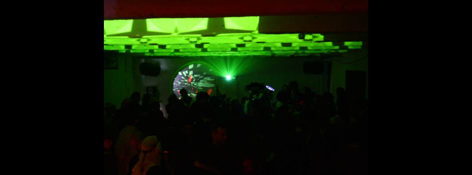 Quarnival_Fest_QFX_ceiling_projection_02